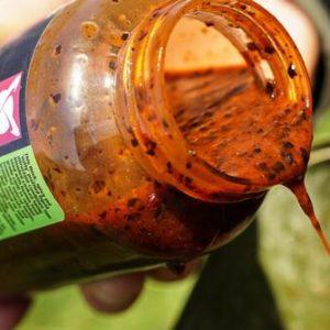 Właściwości płynnej konopi chilli: Idealny do zalewania kulek proteinowych