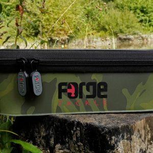 Forge Tackle Torba EVA Classic Accessory Bag CAMO (roz.L) forge-tackle-torba-eva-classic-accessory-bag-camo-rozl