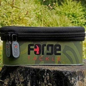 Forge Tackle Torba EVA Classic Accessory Bag CAMO (roz.M) forge-tackle-torba-eva-classic-accessory-bag-camo-rozm