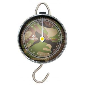 Duży czytelny zegar pozwala na precyzyjne odczytywanie wagi złowionej ryby.